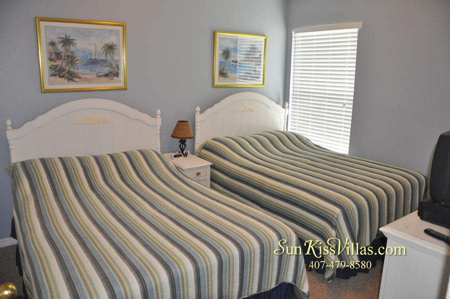 Orlando Vacation Rental - Palm Lake - Twin Double Bedroom