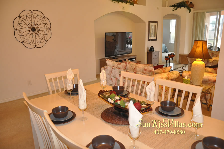 Vacation Home Rental Near Disney World - Sapphire Blue - Dining