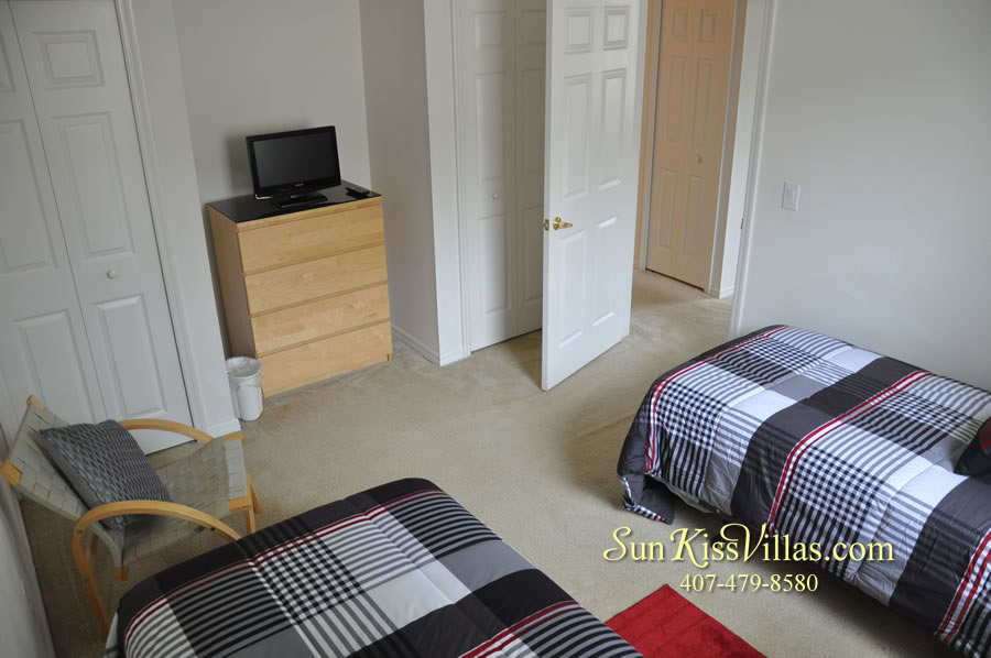 Vacation Home Rental Near Disney World - Sapphire Blue - Twin Bedroom