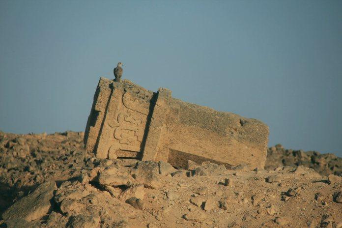 Руины города адитов, народа пророка Худа