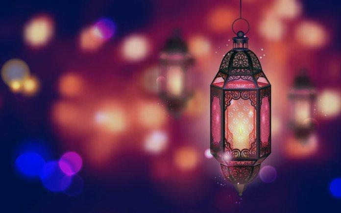 Ночники как символ предстоящего Рамадана