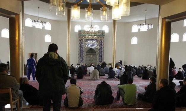 8 Errors Accompanying the Salafi Youth