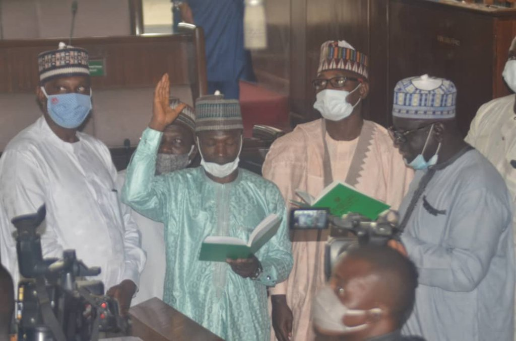 Mr Isaac Auta, Deputy Speaker, Kaduna State House of Assembly has urged members to indulge in acts that will promote peace and cordiality to ensure productive legislative business. Auta who made the call in an interview with newsmen in Kaduna on Thursday, said that the legislature would become more productive if all members work harmoniously. […]