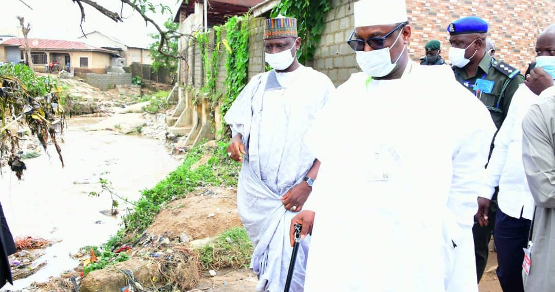 Gov. Sani Bello of Niger on Tuesday ordered the demolition of all structures built on the waterways in the major towns of the state.  The governor gave the order when he visited the victims of the flood that occurred in Suleja, where no fewer than 13 persons lost their lives, seven injured and properties […]