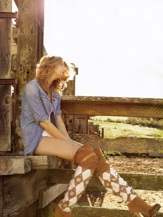 by-yelena-yemchuk-in-big-country-elle-us-may-2010_fgr2
