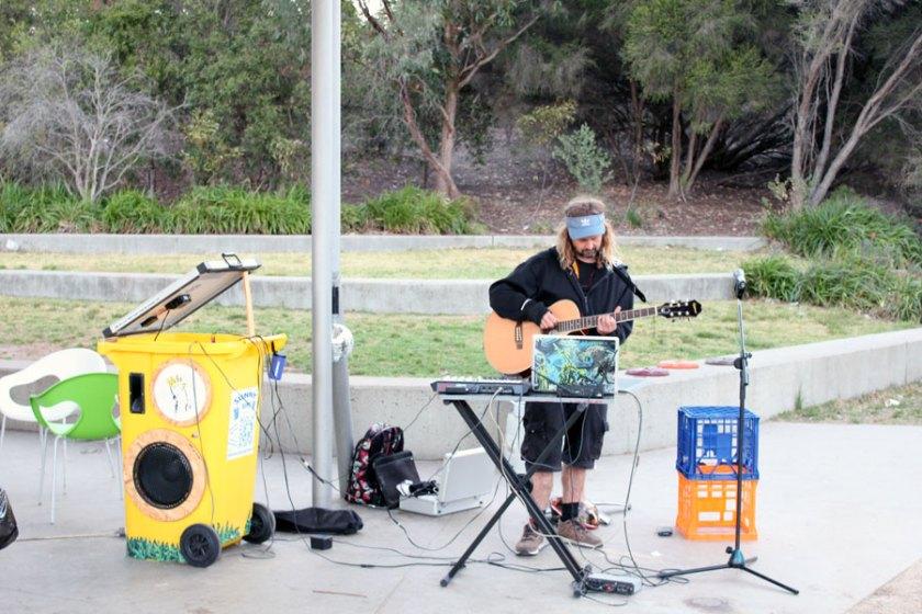 Live performance using Sunny Bins