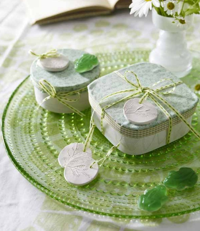 homemade-mothers-day-gift-ideas-wrapping-tags-molds-clay
