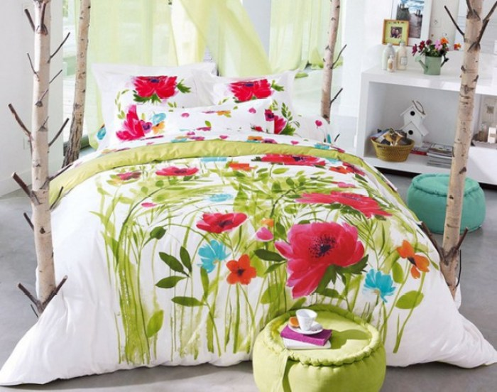 inspirations-beautiful-fover-decor-bedcover-for-summer