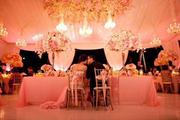Εκπληκτικές ιδέες διακόσμησης με λουλούδια για το γάμο σας6