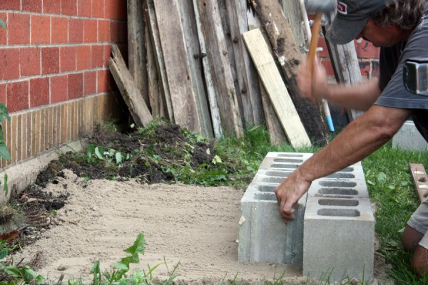 DIY Υπαίθριος Καναπές από μπλόκα4