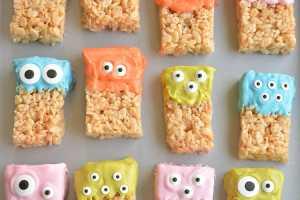 Rice Krispy Treat Monsters - Halloween Themed Party Food