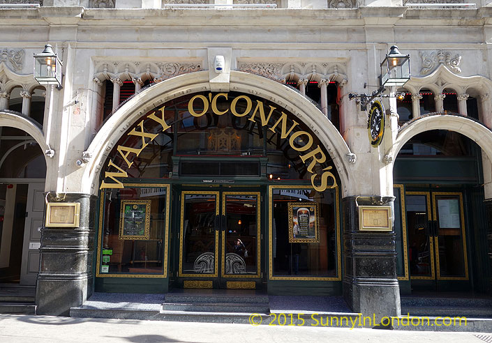irish-pubs-in-london-piccadilly-circus-pub-crawl-waxy-oconnors-pub-crawl