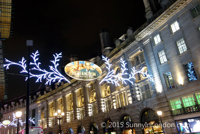 Things to Do in London at Christmas Regent Street Shopping