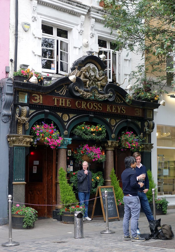 Covent Garden Guide Pubs Cross Keys
