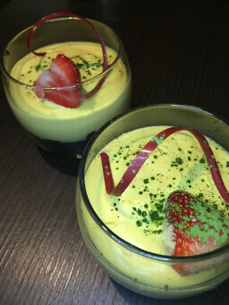 the-mango-tree-christmas-menu-london-2016-belgravia-mango-mousse