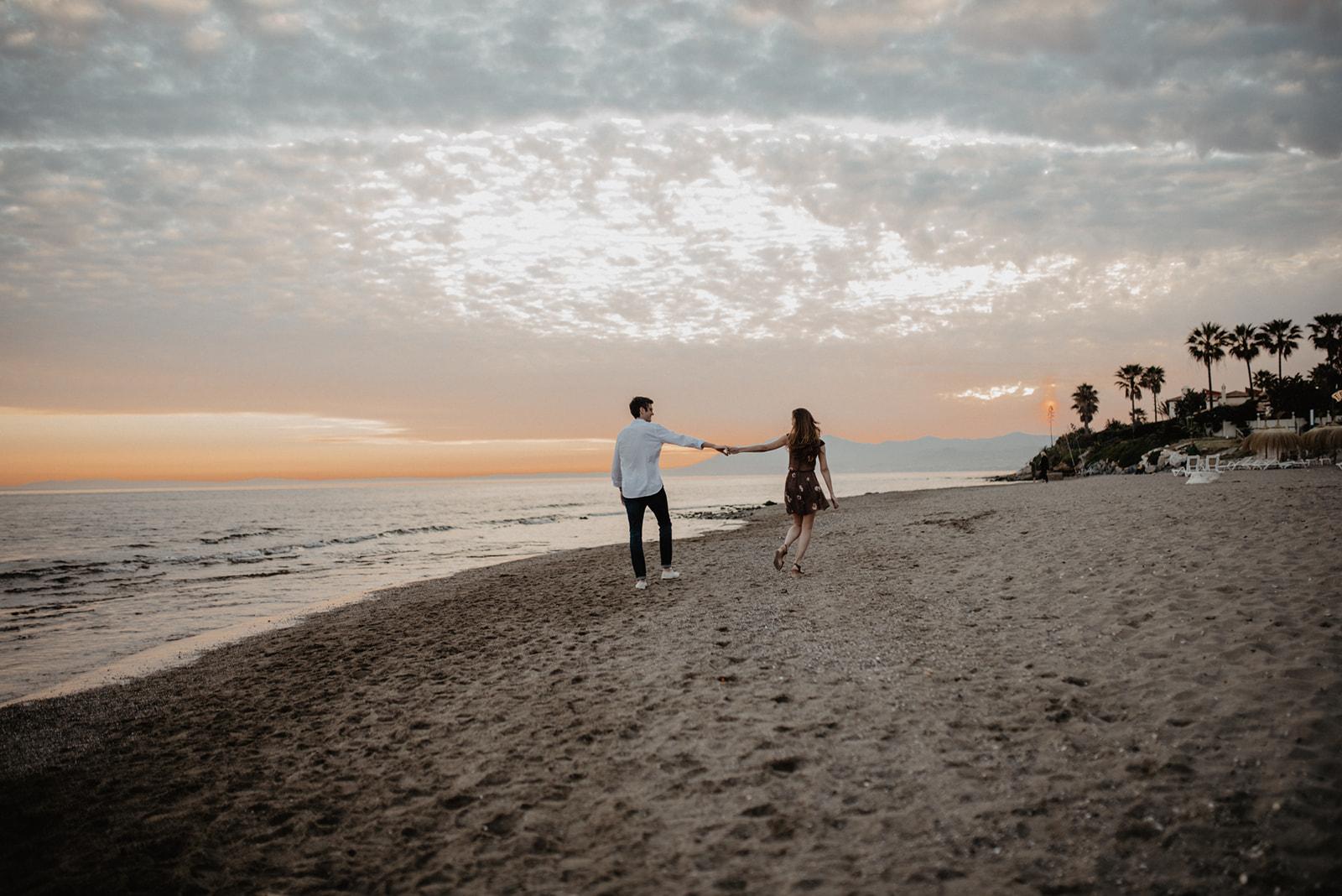 fotos en la playa, sesión fotos marbella, boda, fotógrafo de bodas