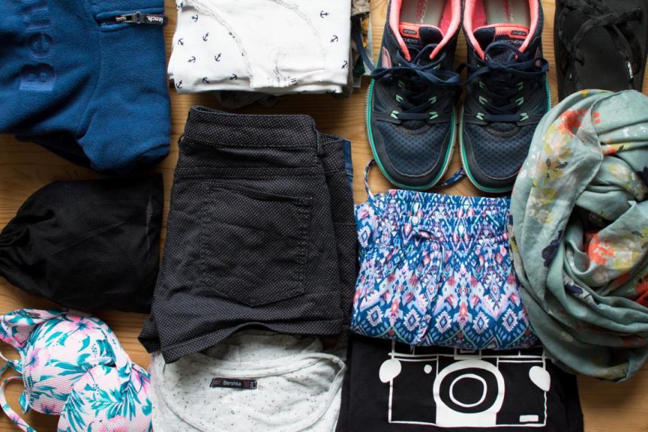 Nur mit Handgepäck reisen Bali Packliste Kleidung