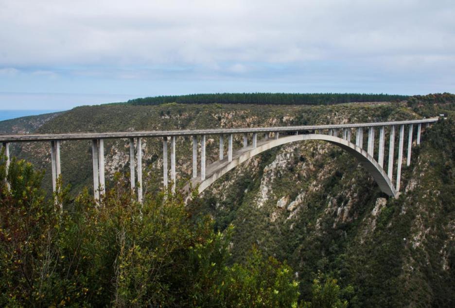 Garden Route Südafrika Sehenswürdigkeiten Tipps Highlights Bloukrans Bridge Bungee