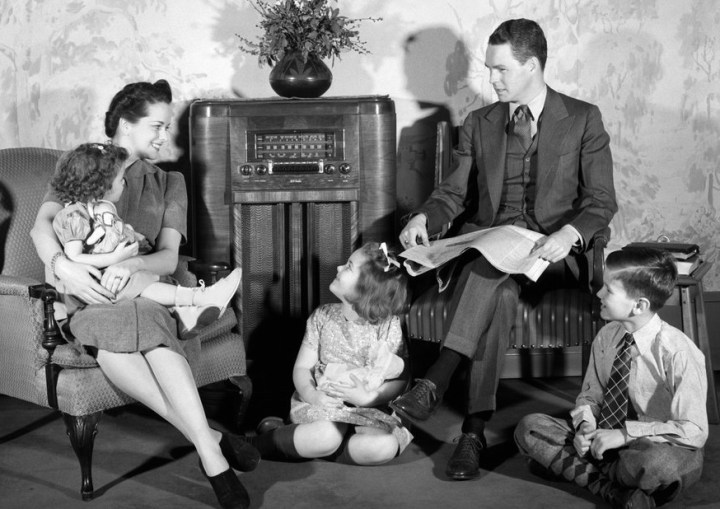 radiospirits-info-familytheatre-cr
