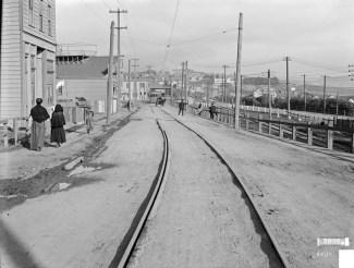 U02892. Monterey Boulevard between Circular Ave and Joost Avenue, 5 January 1911. Photo courtesy SFMTA, sfmta.photoshelter.com.