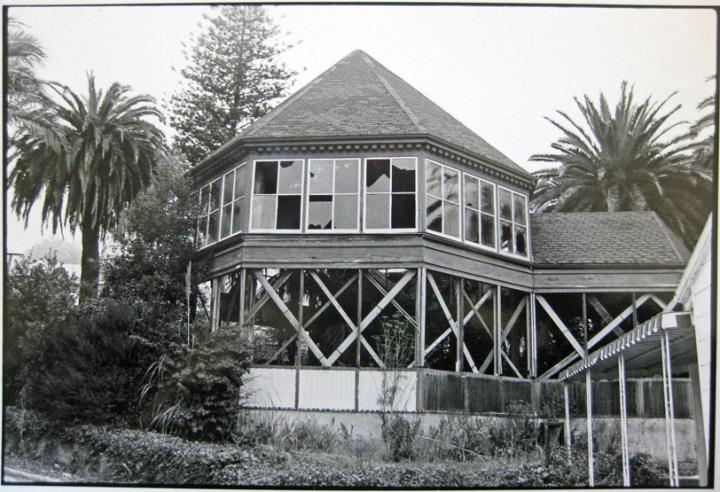 Early 1980s. Sunnyside Conservatory. Photo: Greg Gaar, Western Neighborhoods Project.