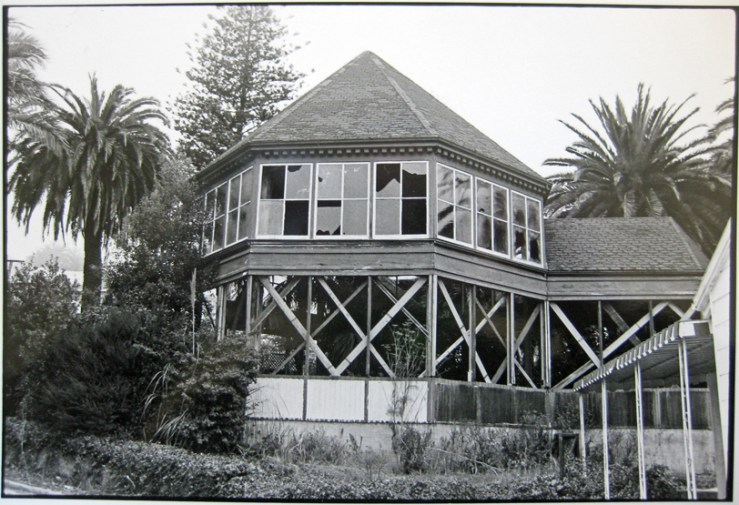 Early 1980s. Sunnyside Conservatory. Photo: Greg Gaar, Western Neighborhoods Project.
