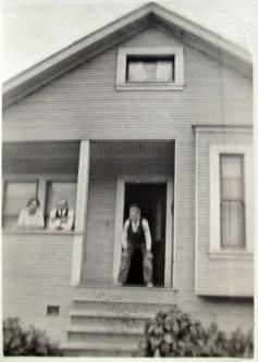 1917. 663 Mangels Ave. Photo courtesy Geoff Follin.