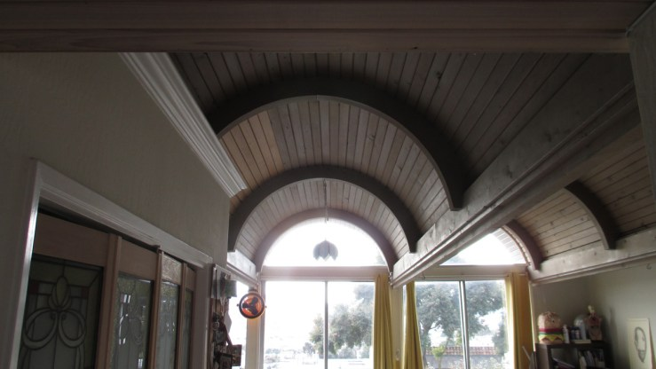 2019. Barrel-vault ceilings, interior, 420 Monterey. Photo: Amy O'Hair.