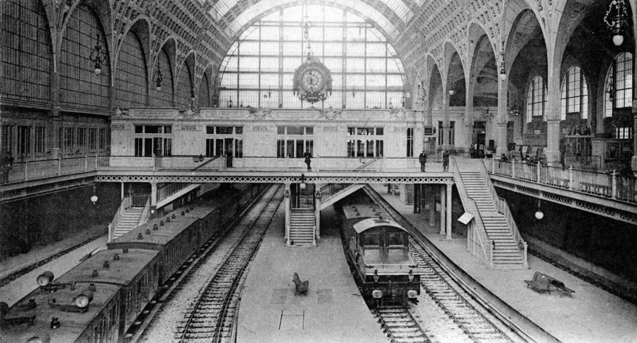 Gare d'Orsay (1900) in Paris. LesYeuxDArgus.wordpress.com