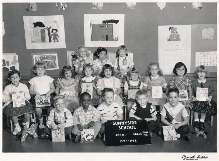 Kindergarten, Sunnyside School, 1955. Courtesy Julie Spalasso Vozza.