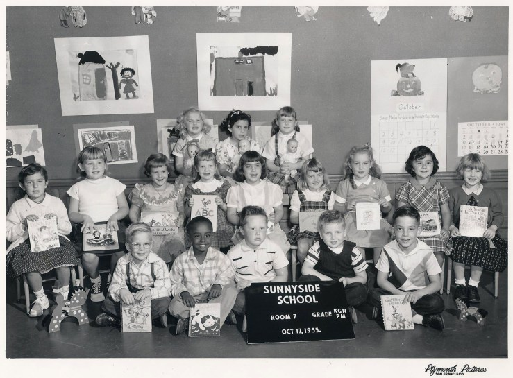 Kindergarten, Sunnyside School, 1955. Courtesy Julie Spalasso Vozza.
