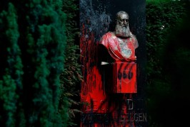 Statue of King Leopold II in Brussels, Belgium, smeared with red paint during the Black Lives Matter protests. in June 2020. Photo: John Thys. Getty Images.