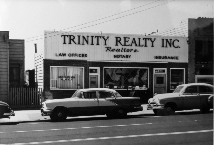 1959. 765 Monterey Blvd. This space has variously had dress shop, bakery, tailor, sundries, and shoe repair (1920s-1950s). Here, a real estate firm. San Francisco Office of Assessor-Recorder Photographs Collection, San Francisco History Center, San Francisco Public Library sfpl.org/sfphotos/asr
