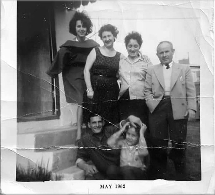 1962. The Scorsonelli family, who lived at 466 Staples for many years. Ancestry.com