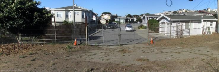 San Ramon Way gate. Balboa Reservoir, Oct 2020. Sunnyside History Project. Photo: Amy O'Hair