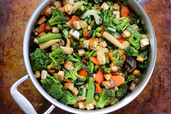 Easy weeknight tofu veggie stir-fry