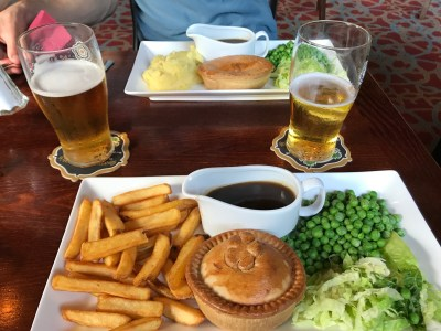 I had Steak & Ale pie and David had Steak & Kidney pie. We ended up swapping plates as I wanted mash more and he wanted chips.