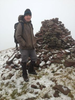 The cairn at the summit of Lyragoppal