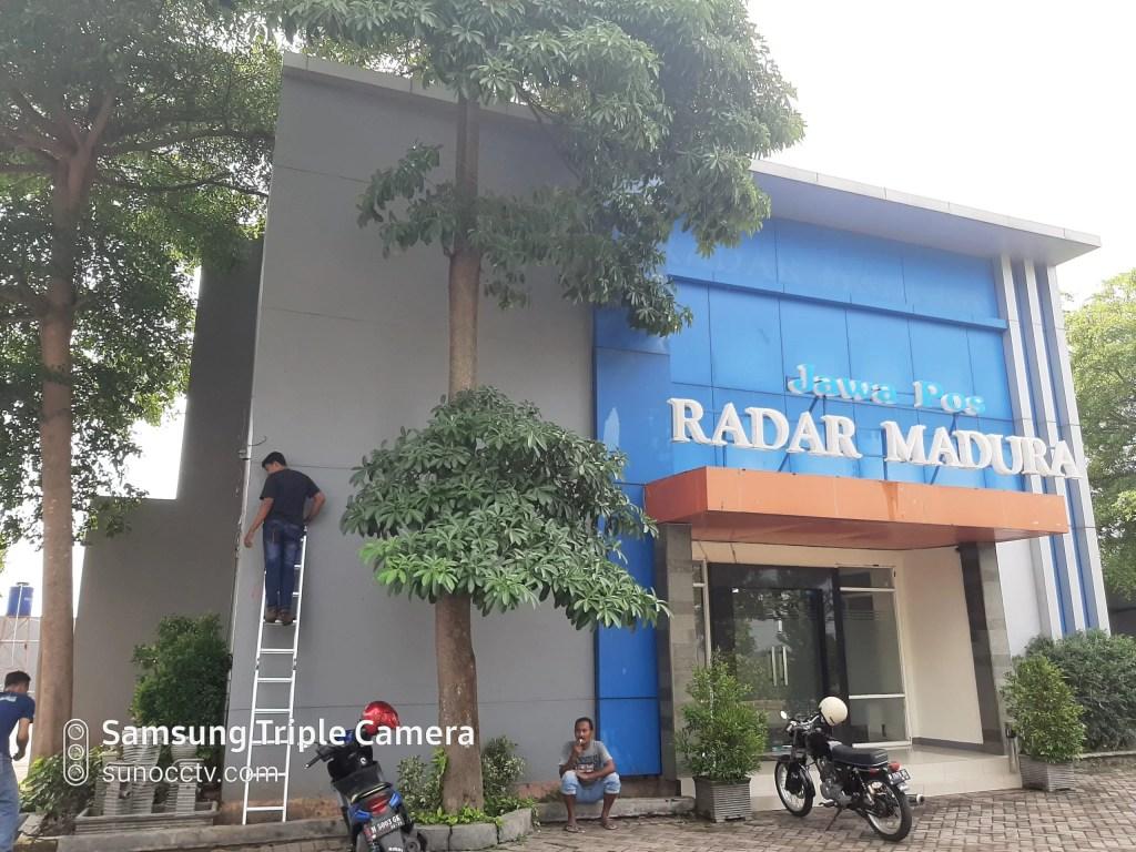 pemasangan CCTV di bangkalan - Radar Jawa Pos