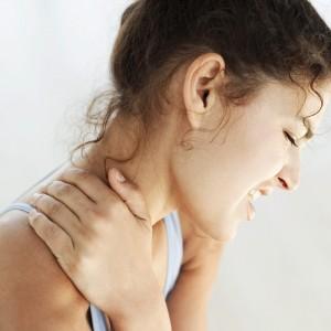女性は首コリ・肩こり・背中痛の方がおおいですね