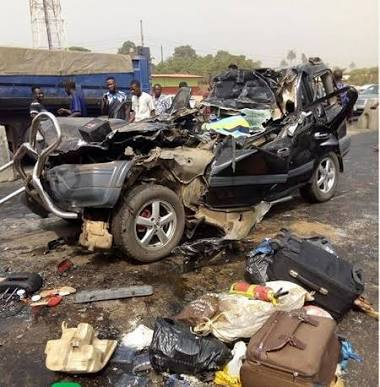 Fatal Accident on Lagos-Ibadan expressway, 6 die, 24 injured