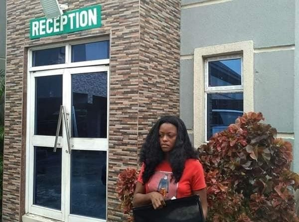 Lady Caught Stealing Hotel's Plasma TV in Delta (PHOTO)