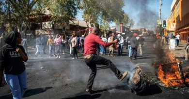Breaking: Protesters and foreigners clash in South Africa