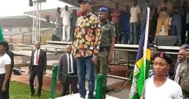 David Lyon doing rehearsal of swearing-in ceremony before he was removed (Photos)
