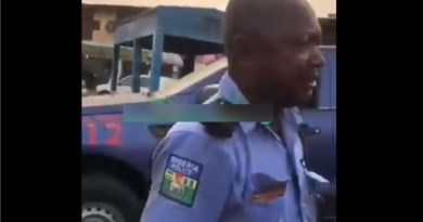 Policeman vows to shoot a woman and her baby in Lagos (Video)