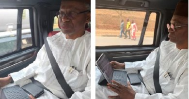 Just In: El-Rufai's visit to Muhammadu Sanusi in Awe