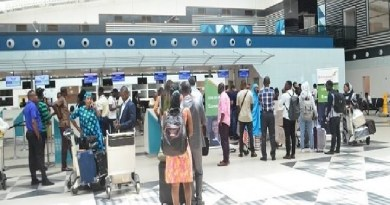 256 Nigerians arrive, after a pregnant woman in labour forced the flight to return to UAE