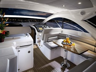 The saloon of the Portifino 40 is light and spacious