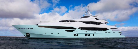 Sunseeker 155 Yacht ventures out to sea