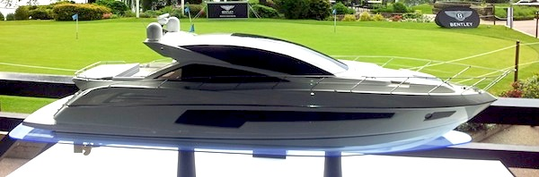 Sunseeker Cheshire support Bentley Manchester Golf Event
